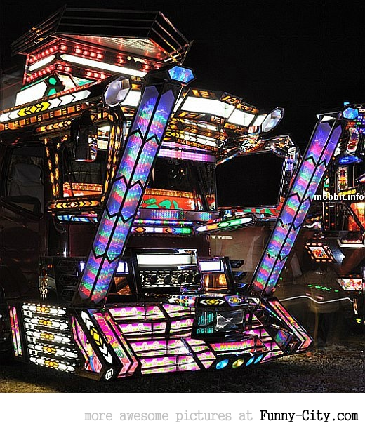 20 Japanese Bling Bling Trucks [299]
