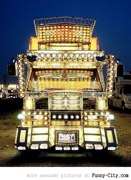 20 Japanese Bling Bling Trucks [306]