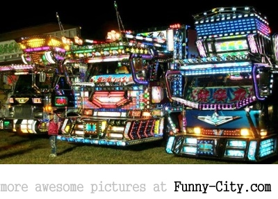 20 Japanese Bling Bling Trucks [302]