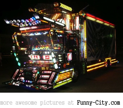 20 Japanese Bling Bling Trucks [313]