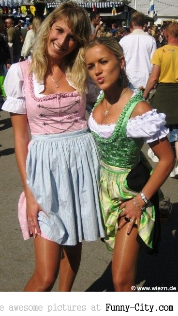 Hayden Panettiere, Kim Kardashian and the other Oktoberfest girls of 2011 [2019]