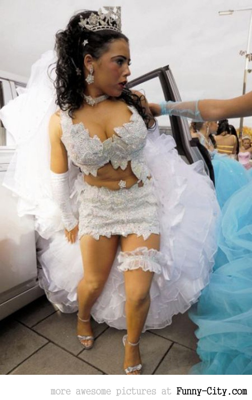 Top 10 sluttiests wedding dresses!