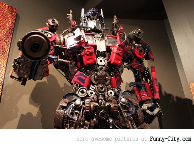 Transformers made from recycled car parts [3852]