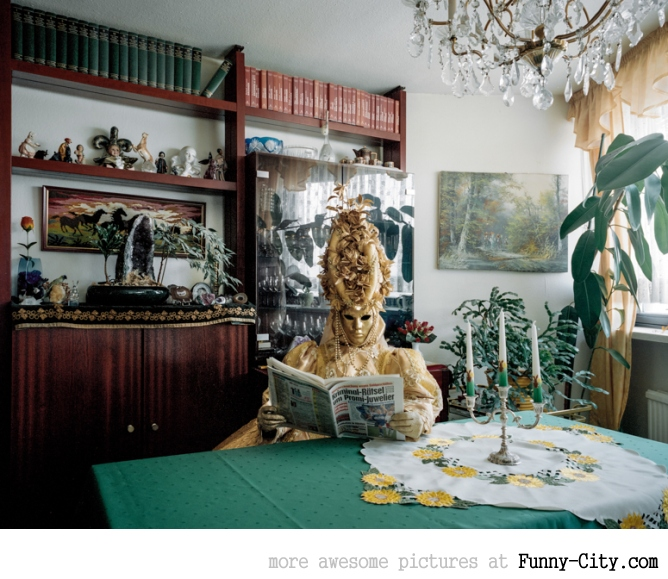 Just the Two of Us: Portraits of Cosplay Enthusiasts in their Homes by Klaus Pichler [14 photos] [5964]