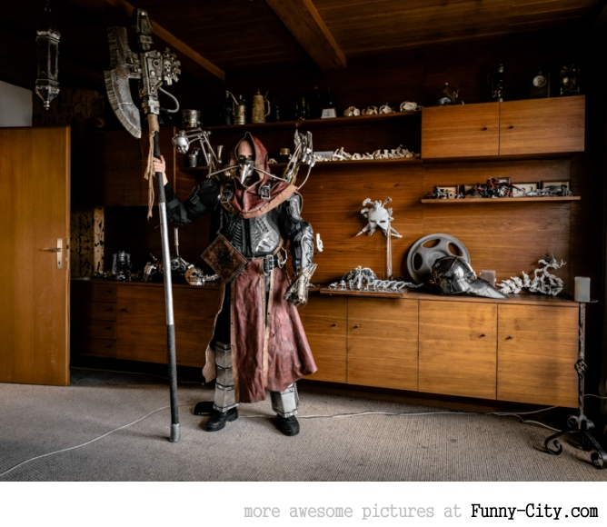 Just the Two of Us: Portraits of Cosplay Enthusiasts in their Homes by Klaus Pichler [14 photos] [5967]