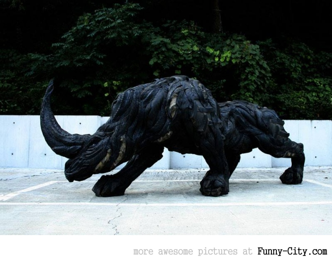 Sculptures made from recycled old tires [19 pics] [7168]