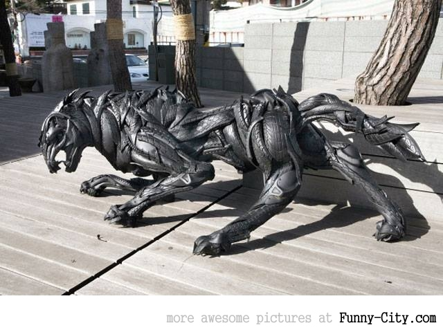 Sculptures made from recycled old tires [19 pics] [7178]