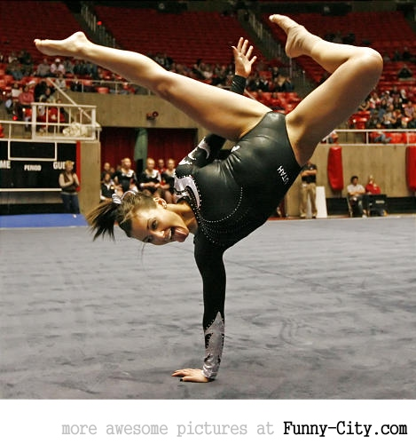 7 extremely hot gymnasts [24 pics] [7662]