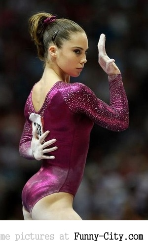 7 extremely hot gymnasts [24 pics] [7673]