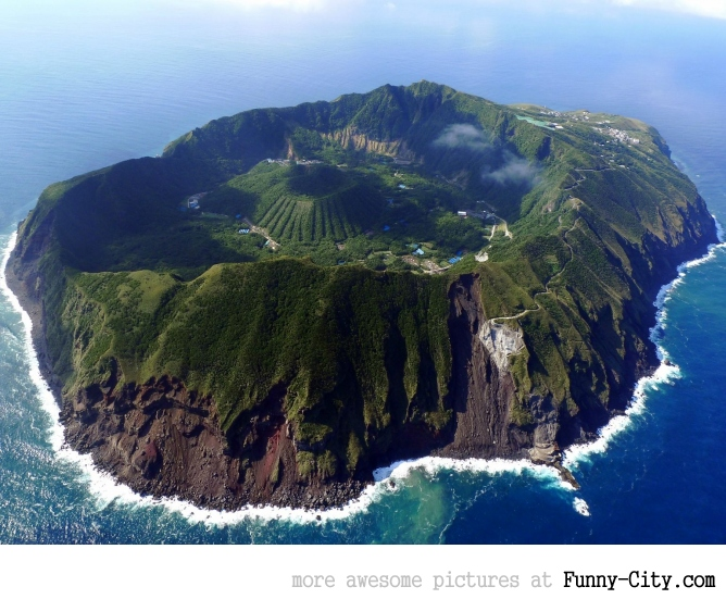 The ultimate zombie apocalypse survival location: Aogashima