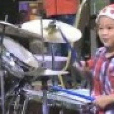 Supertalented drummer boy!
