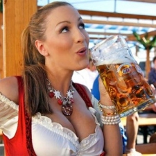 Hayden Panettiere, Kim Kardashian and the other Oktoberfest girls of 2011